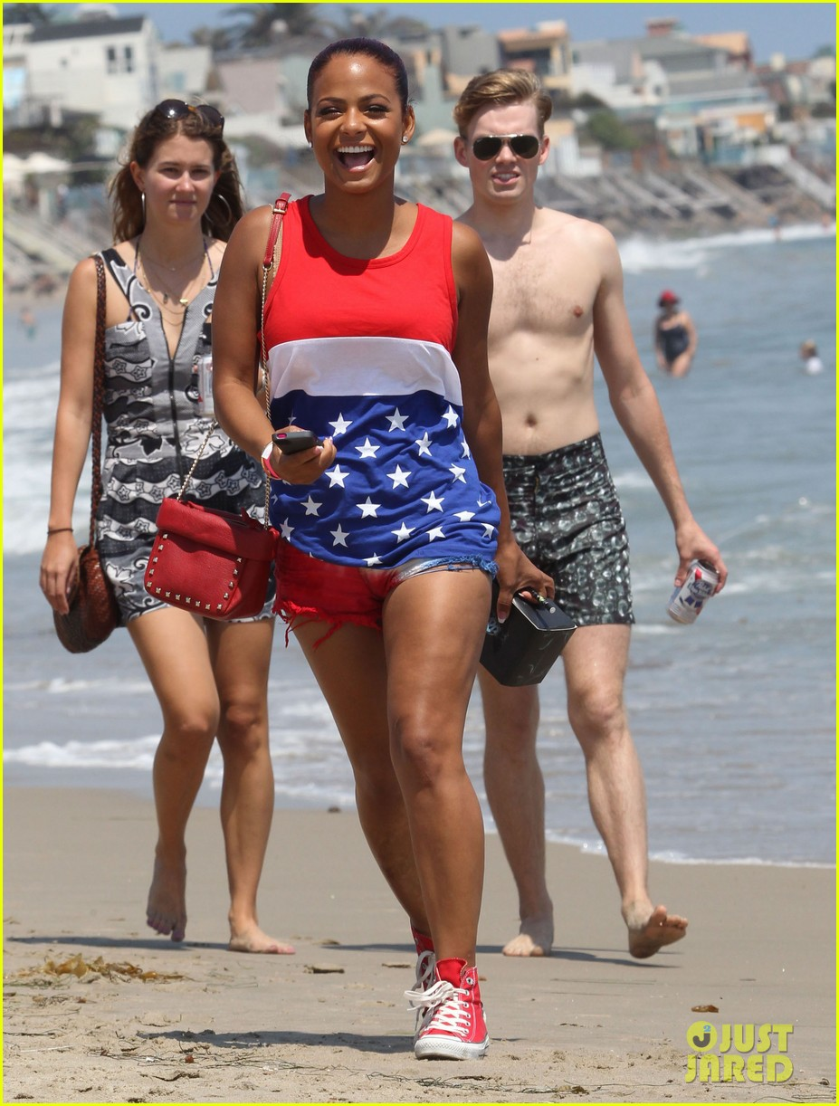 patrick schwarzenegger taylor burns paris hiltons july 4 party 012904490