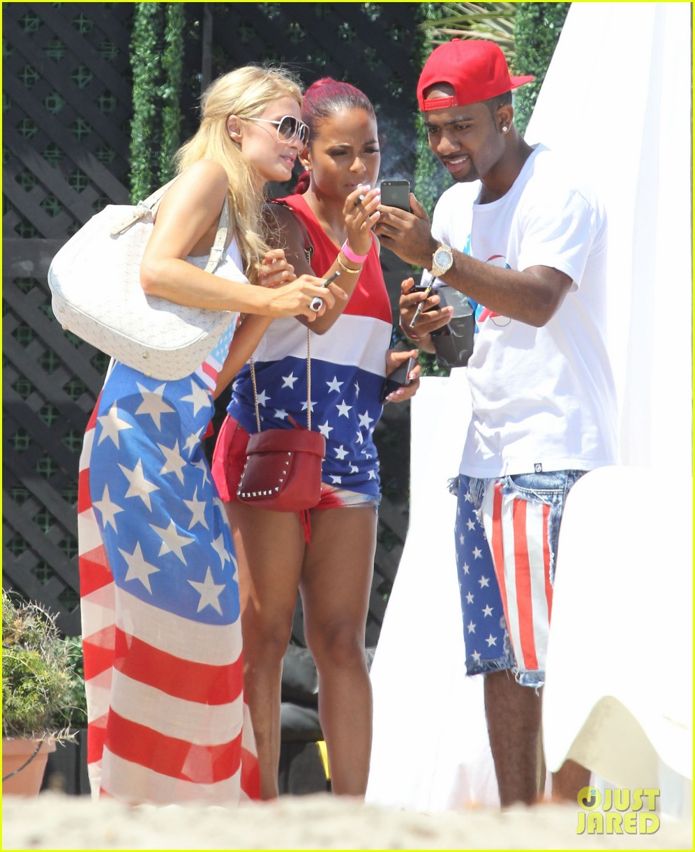 patrick schwarzenegger taylor burns paris hiltons july 4 party 122904501