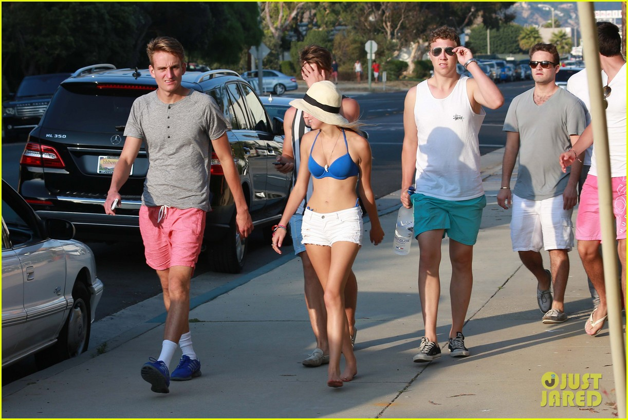 patrick schwarzenegger taylor burns paris hiltons july 4 party 272904516