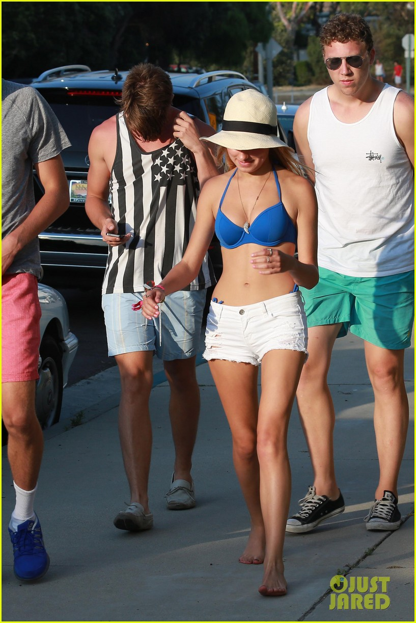 patrick schwarzenegger taylor burns paris hiltons july 4 party 302904519