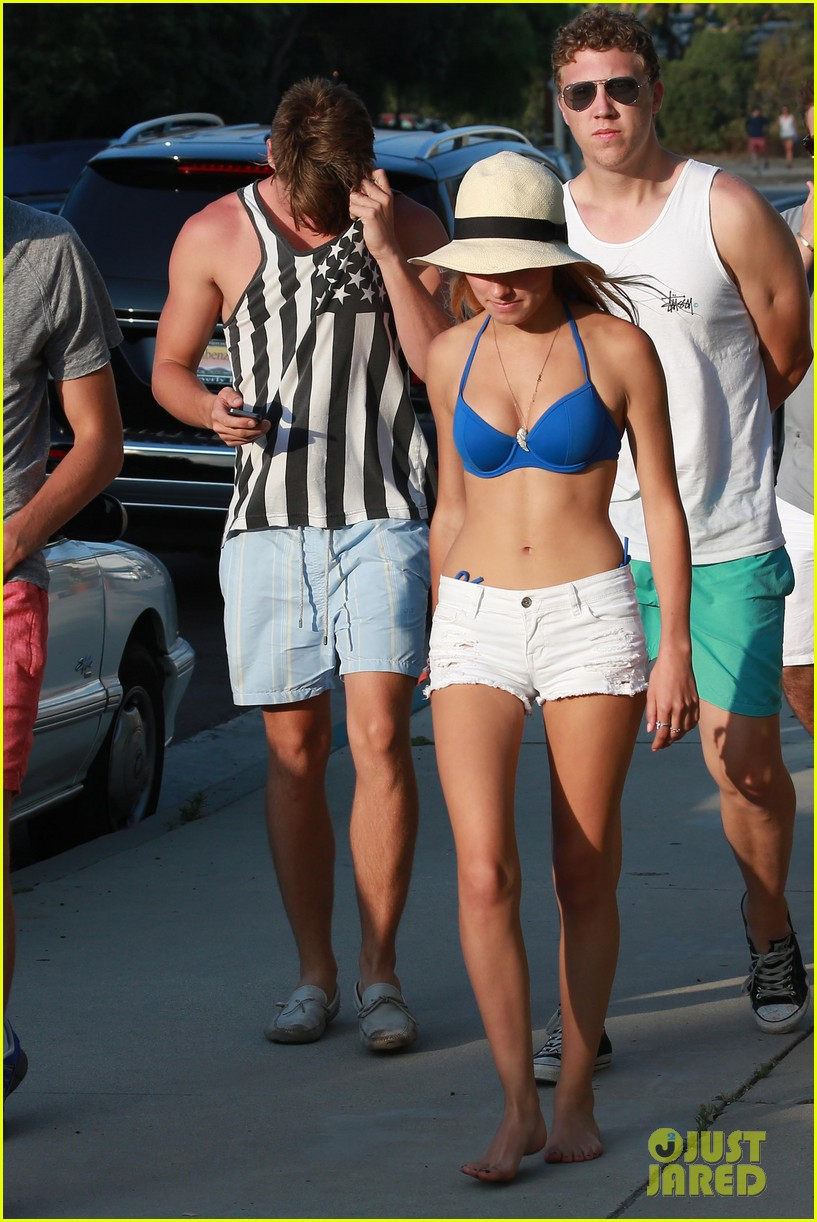 patrick schwarzenegger taylor burns paris hiltons july 4 party 312904520
