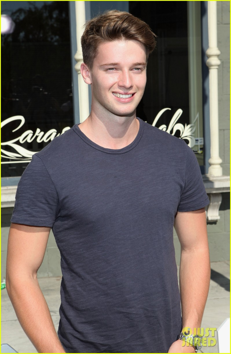 patrick schwarzenegger joey king power of youth 2013 022918275