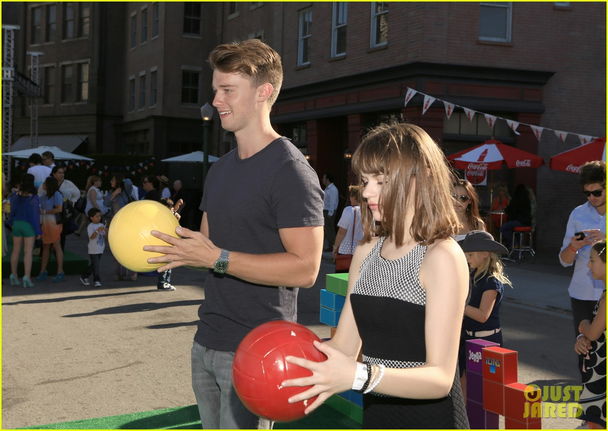 patrick schwarzenegger joey king power of youth 2013 262918299