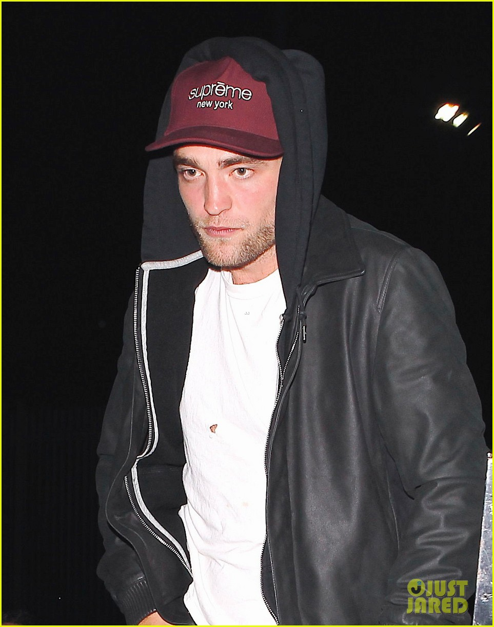 robert pattinson sia jay z and justin timberlake concert 04