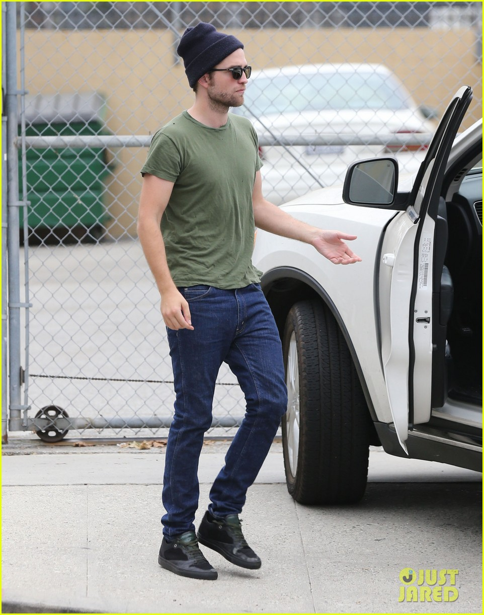 robert pattinson more time at the studio 052907880