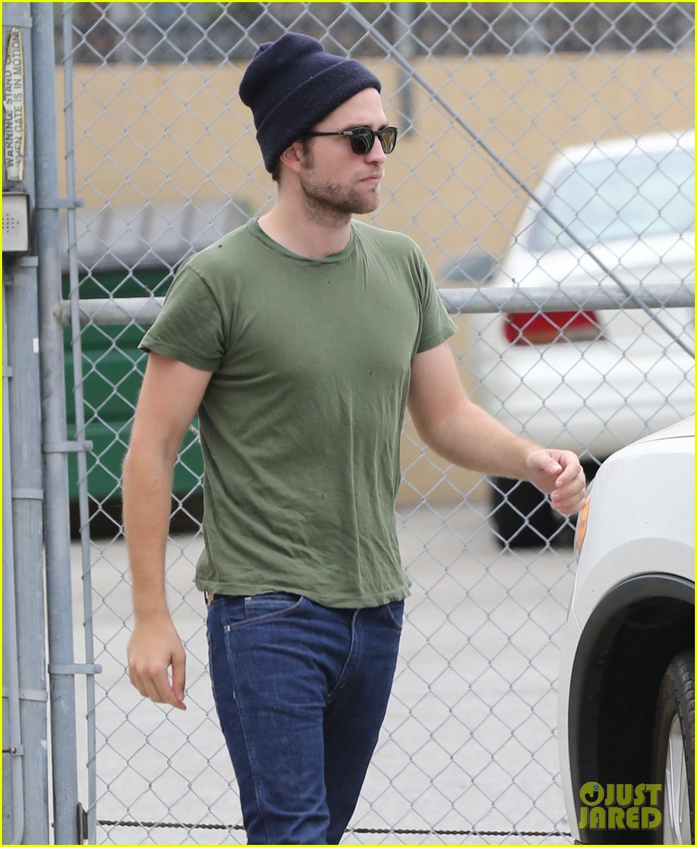 robert pattinson more time at the studio 122907887