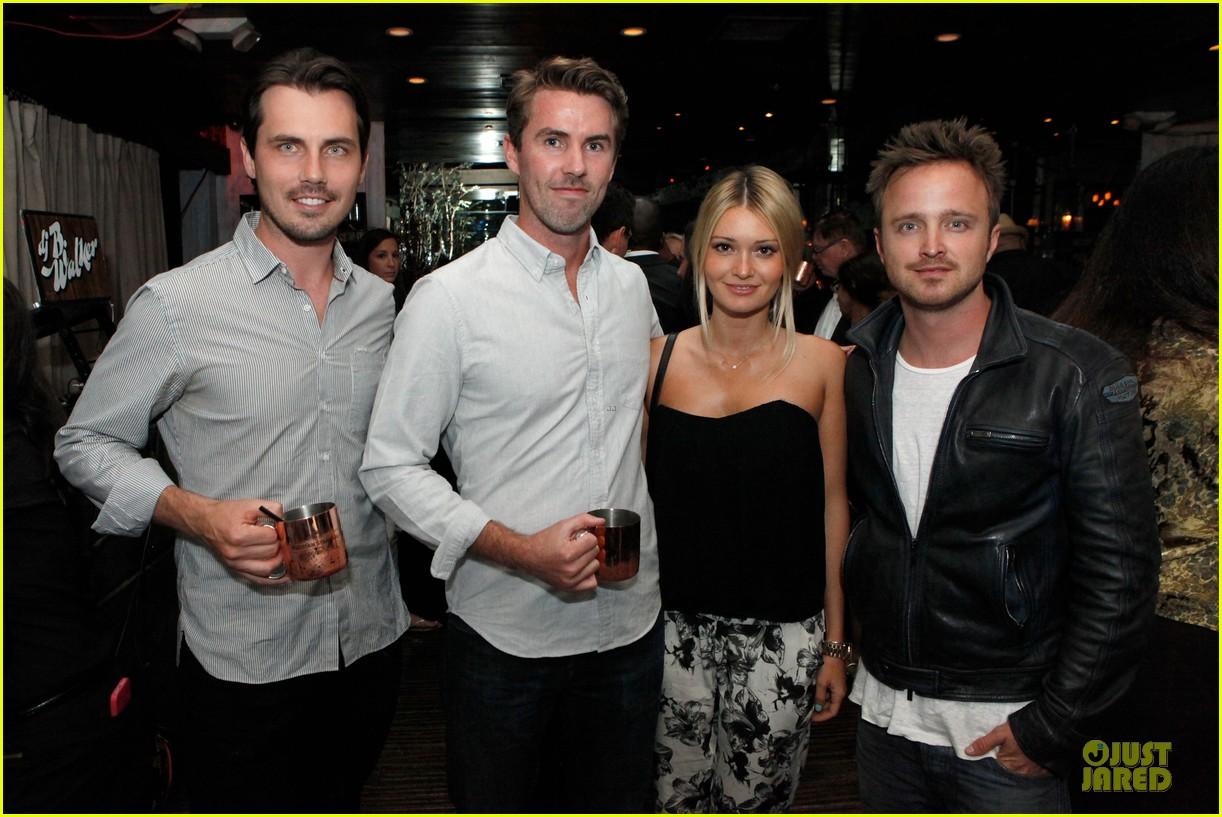 aaron paul lauren parsekian los angeles confidential event 062908547