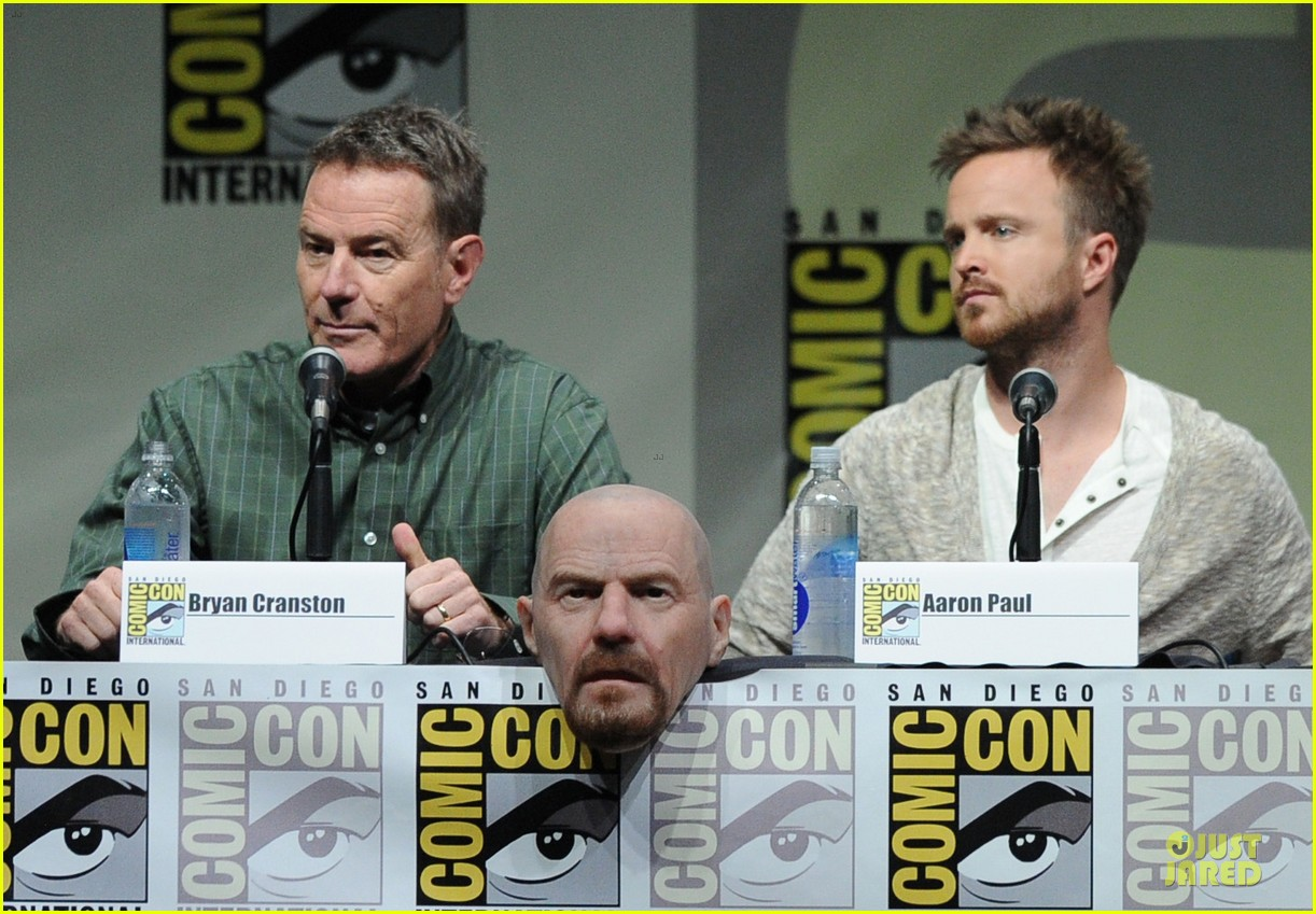 aaron paul bryan cranston breaking bad panel at comic con 132914277