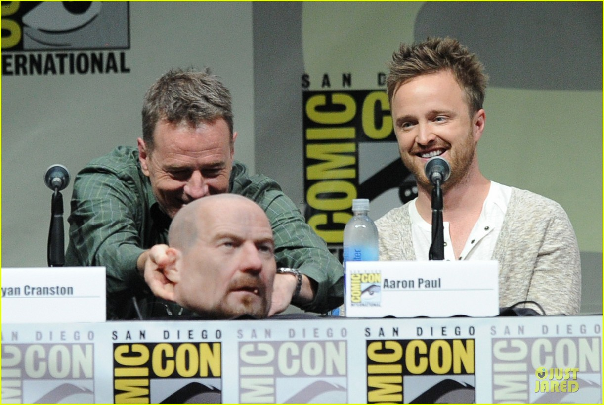 aaron paul bryan cranston breaking bad panel at comic con 14
