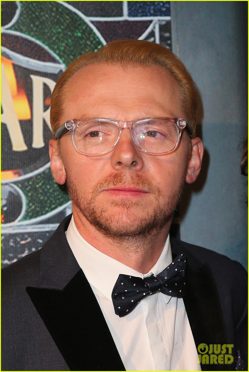 simon pegg the worlds end premiere 042910231