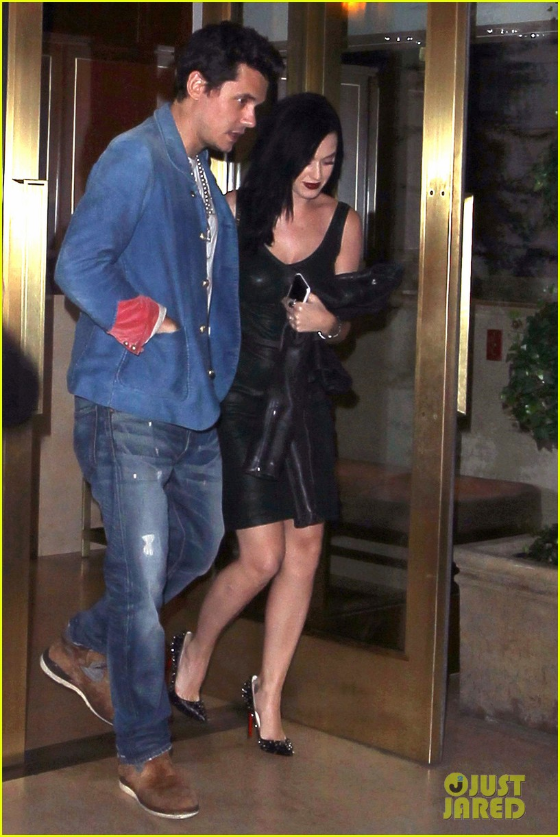 katy perry john mayer stick close after dinner date 01