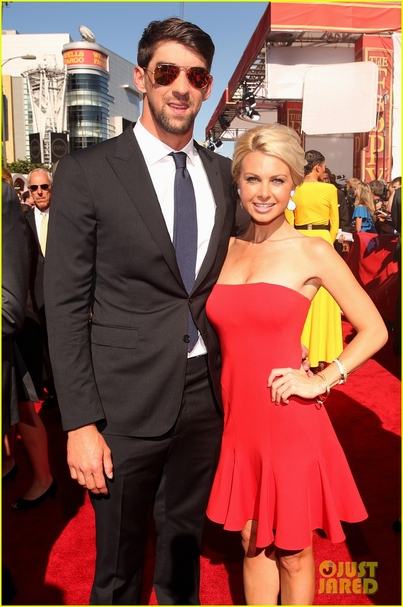 michael phelps new girlfriend espys 2013 red carpet 052911142