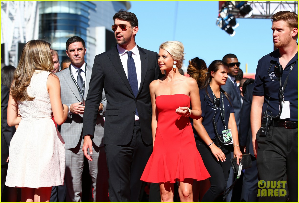 michael phelps new girlfriend espys 2013 red carpet 072911144