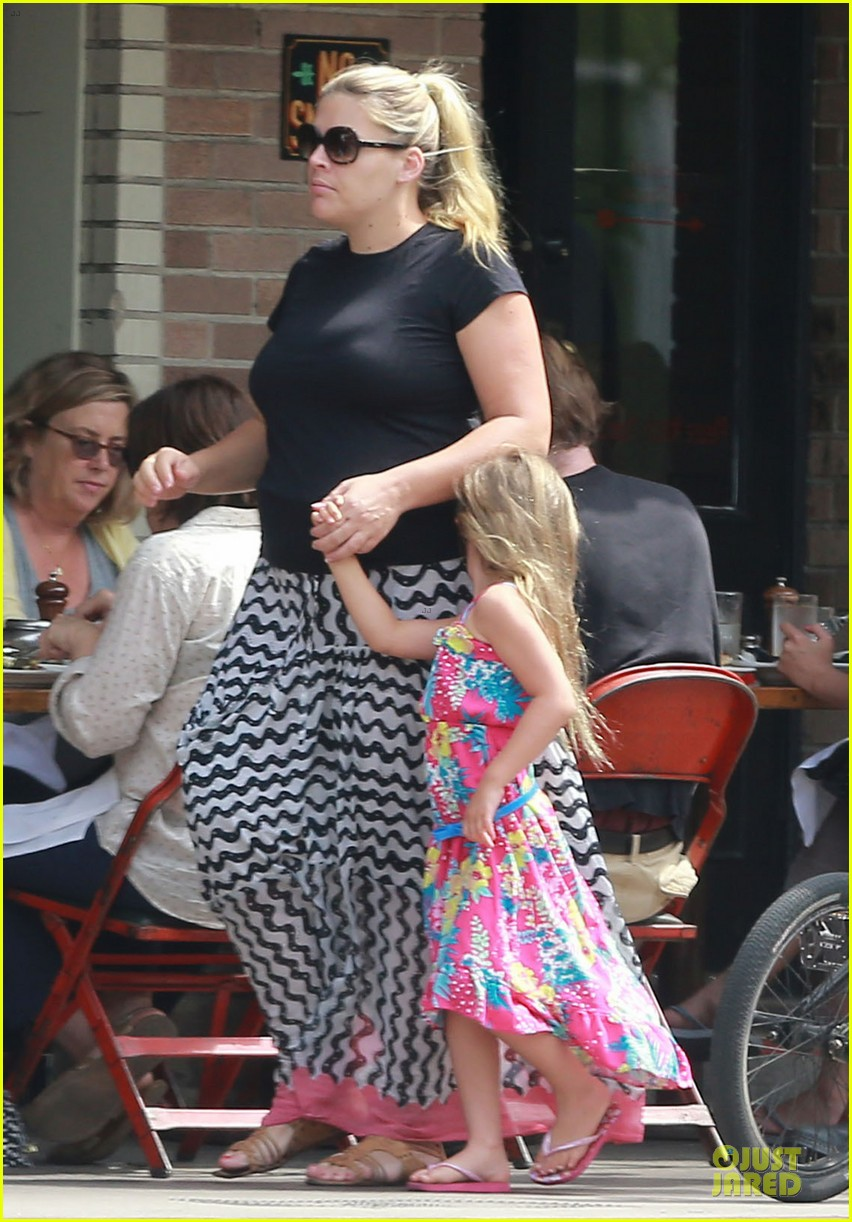 busy philipps post baby body at little doms 142914360