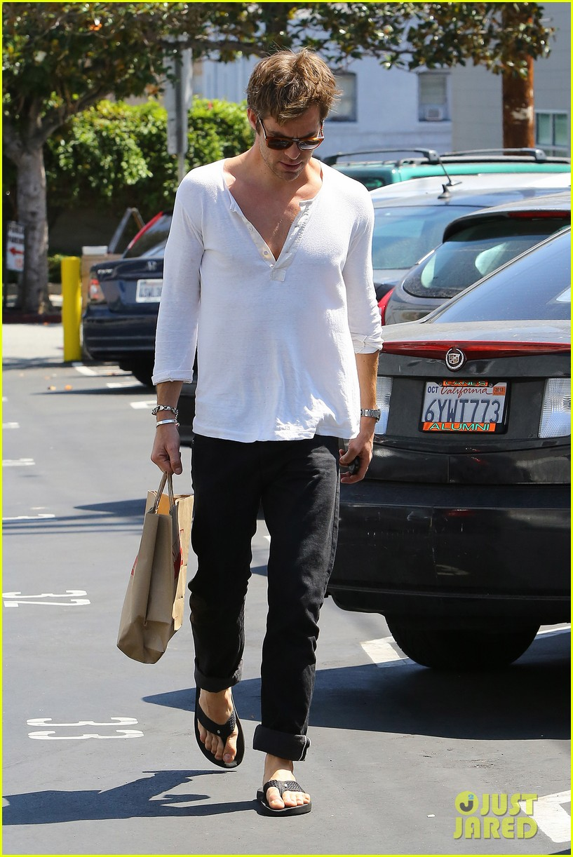 chris pine shows some skin in unbottoned henley 132919185