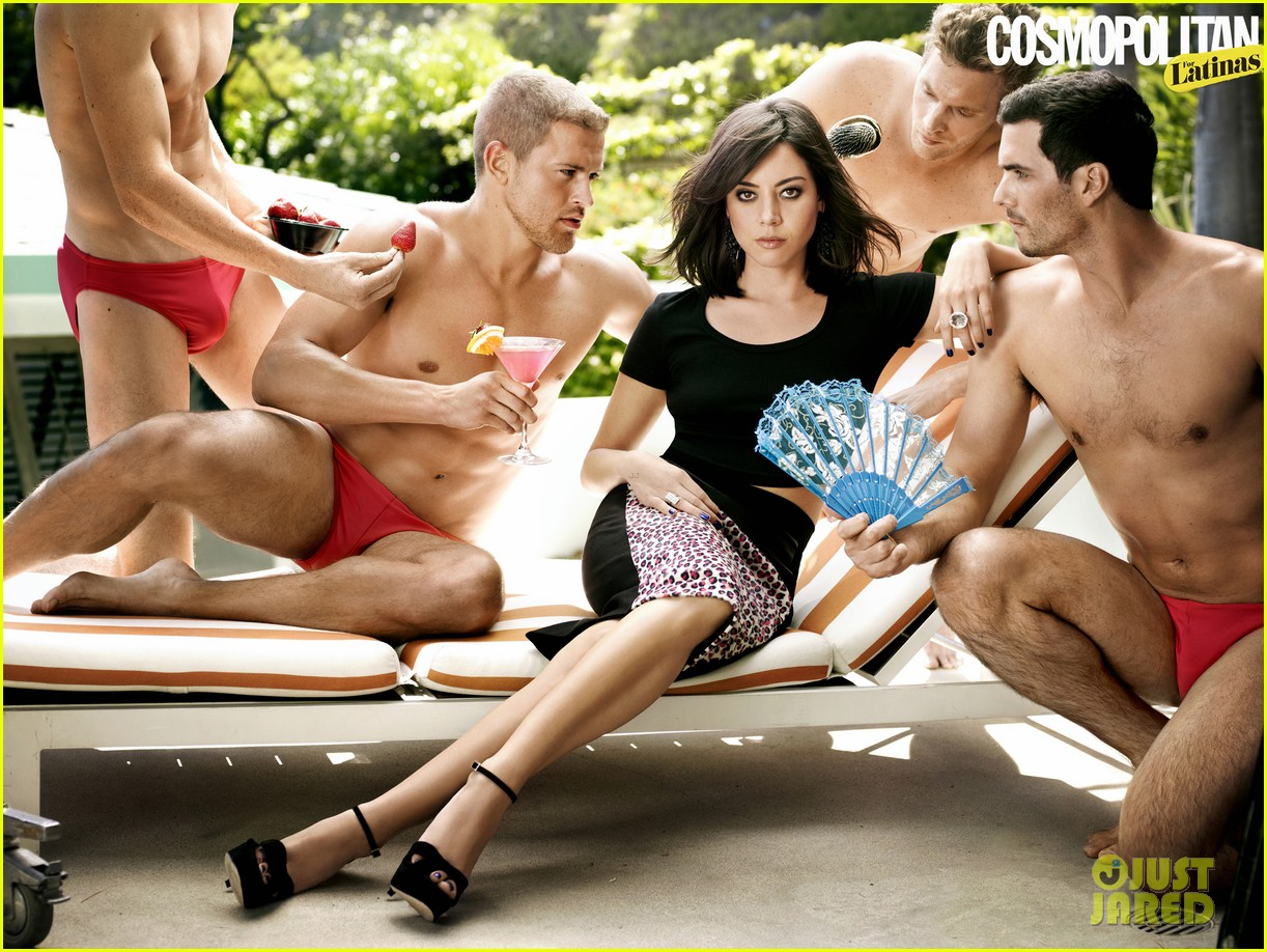 aubrey plaza covers cosmopolitan for latinas fall 2013 012920070