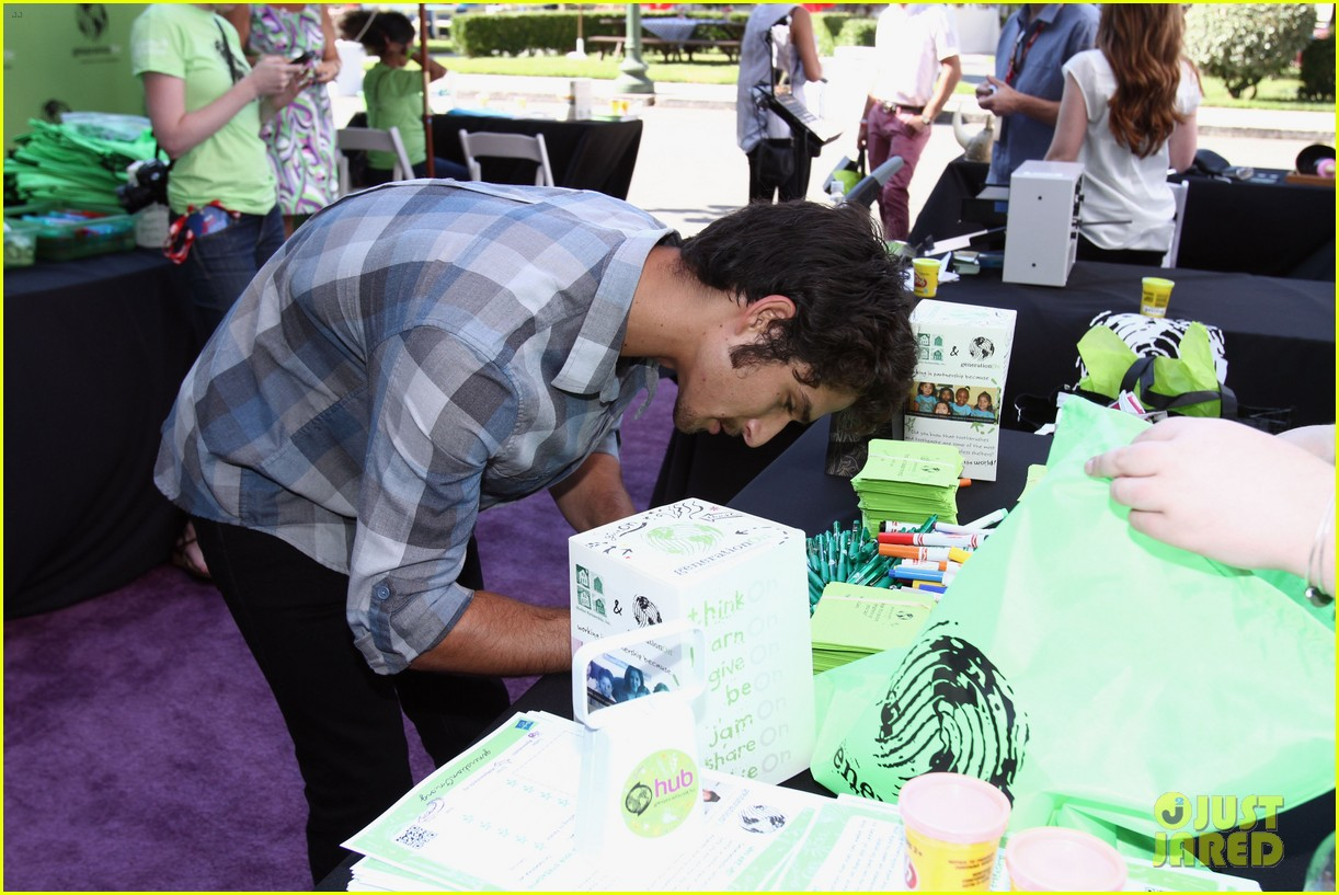 tyler posey jake t austin power of youth 2013 142918242
