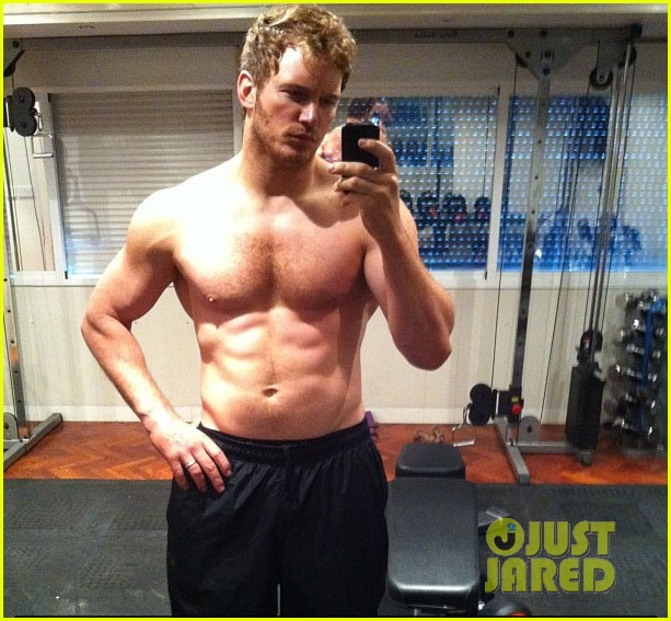 chris pratt shirtless selfie for guardians of galaxy prep 012905870