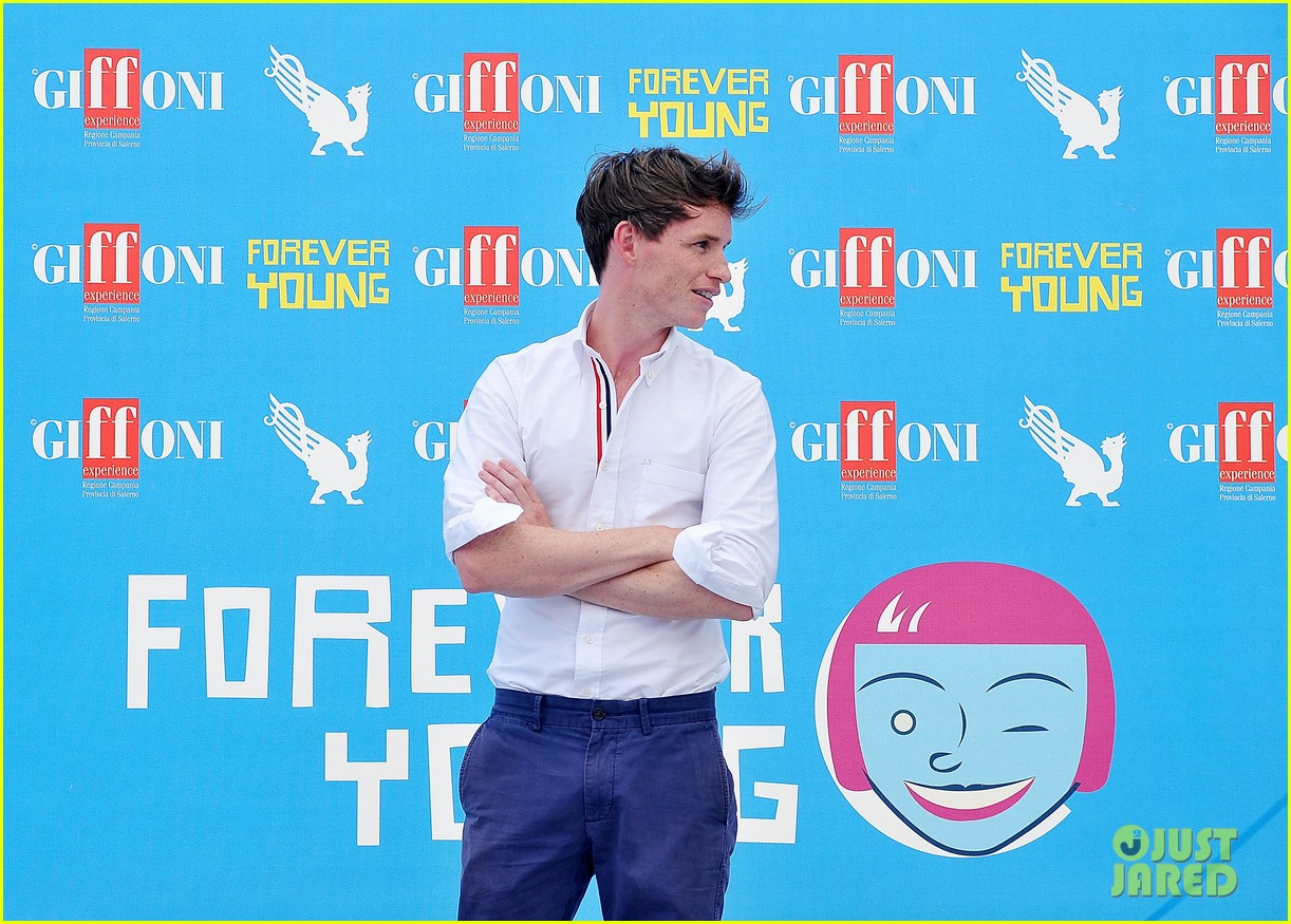 eddie redmayne giffoni film festival photo call 14