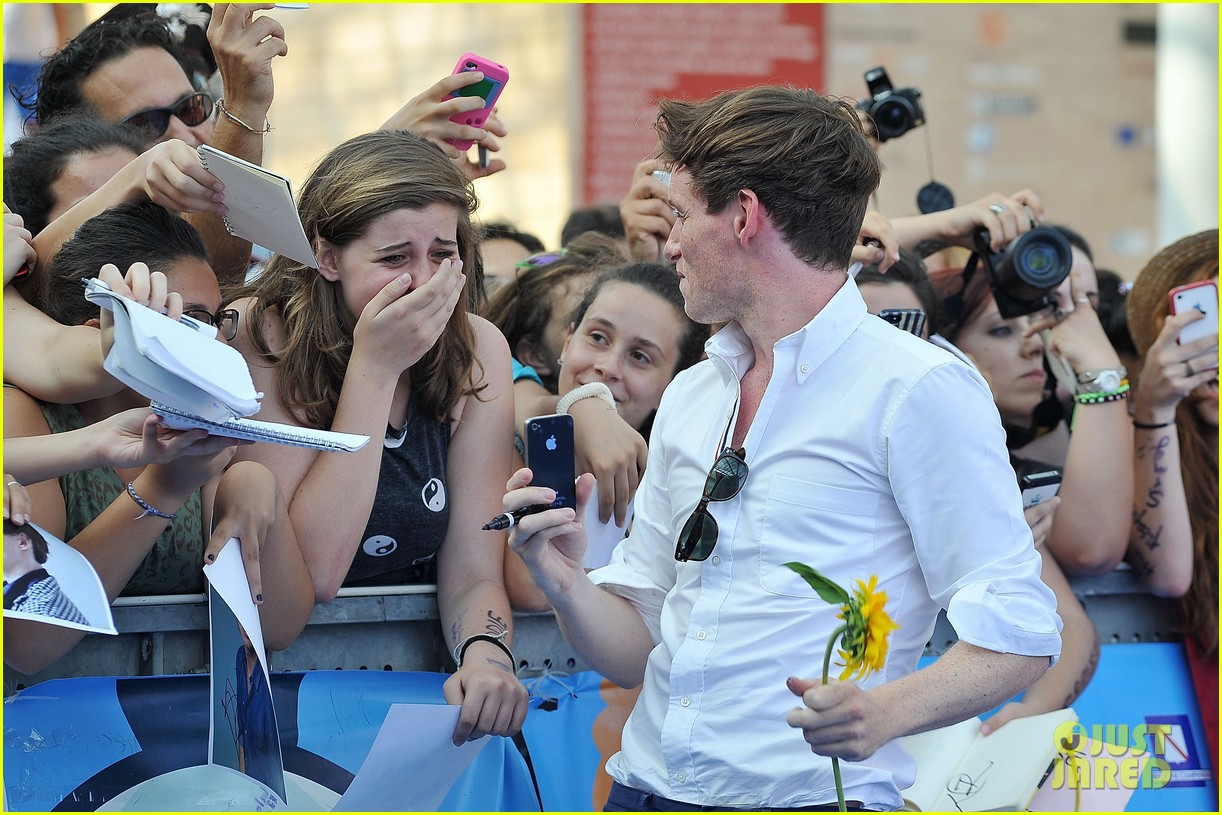 eddie redmayne giffoni film festival photo call 192917442