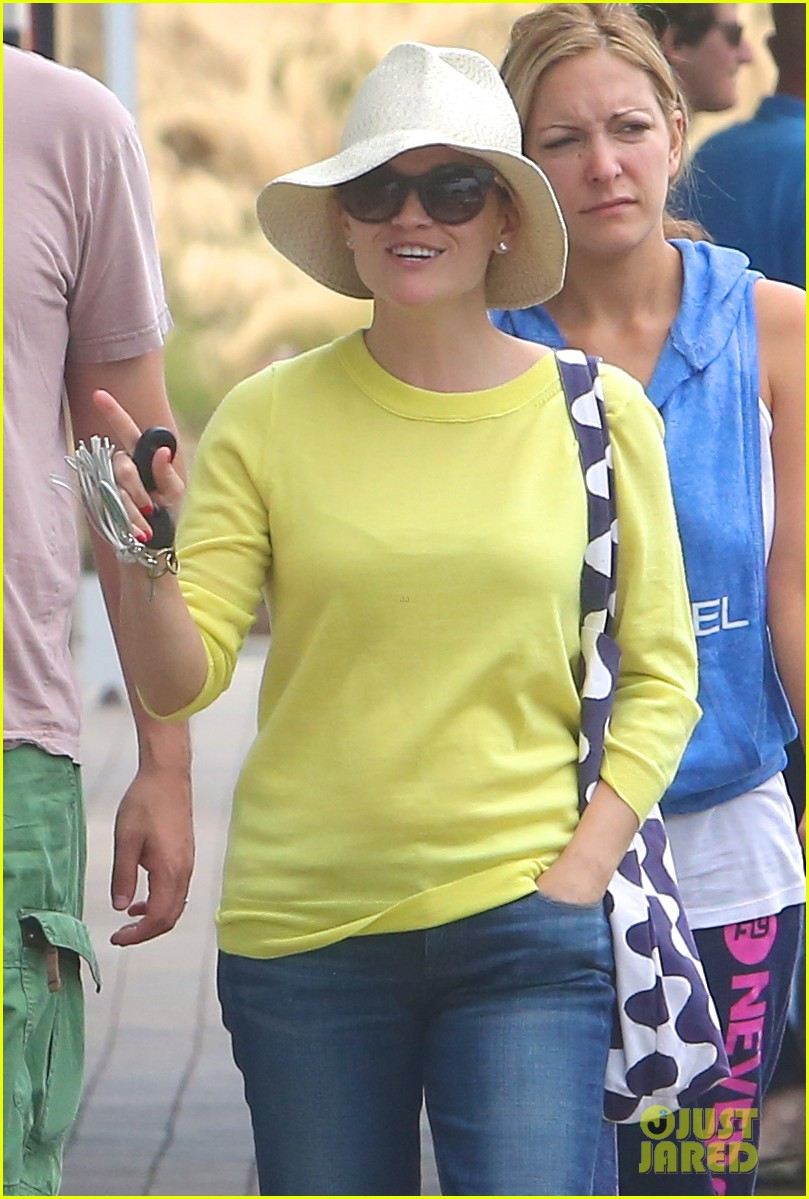 reese witherspoon jim toth breakfast after july fourth 042904603
