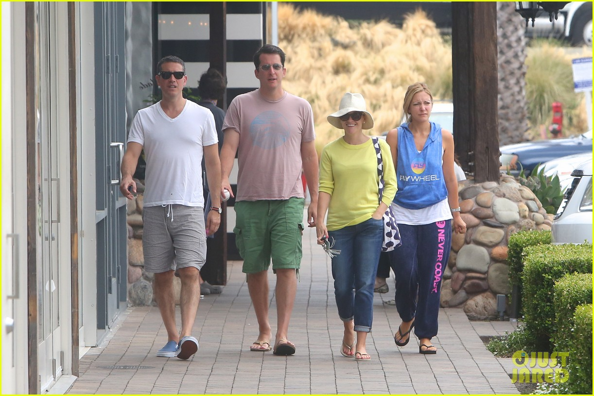 reese witherspoon jim toth breakfast after july fourth 092904608