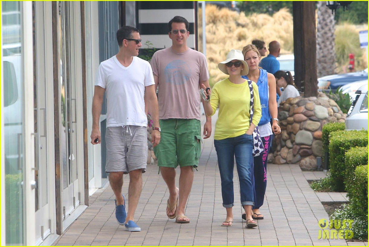 reese witherspoon jim toth breakfast after july fourth 112904610