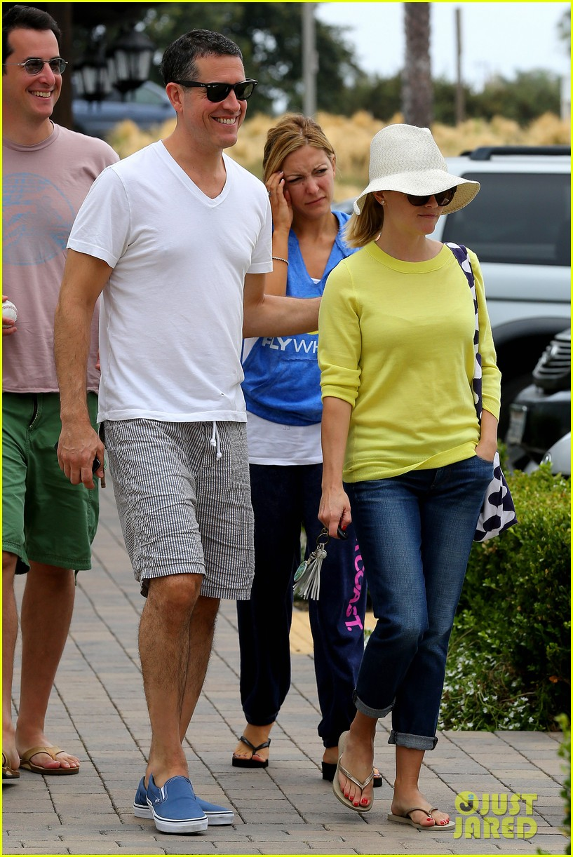 reese witherspoon jim toth breakfast after july fourth 18