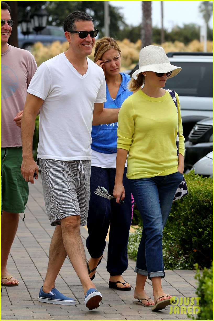 reese witherspoon jim toth breakfast after july fourth 19