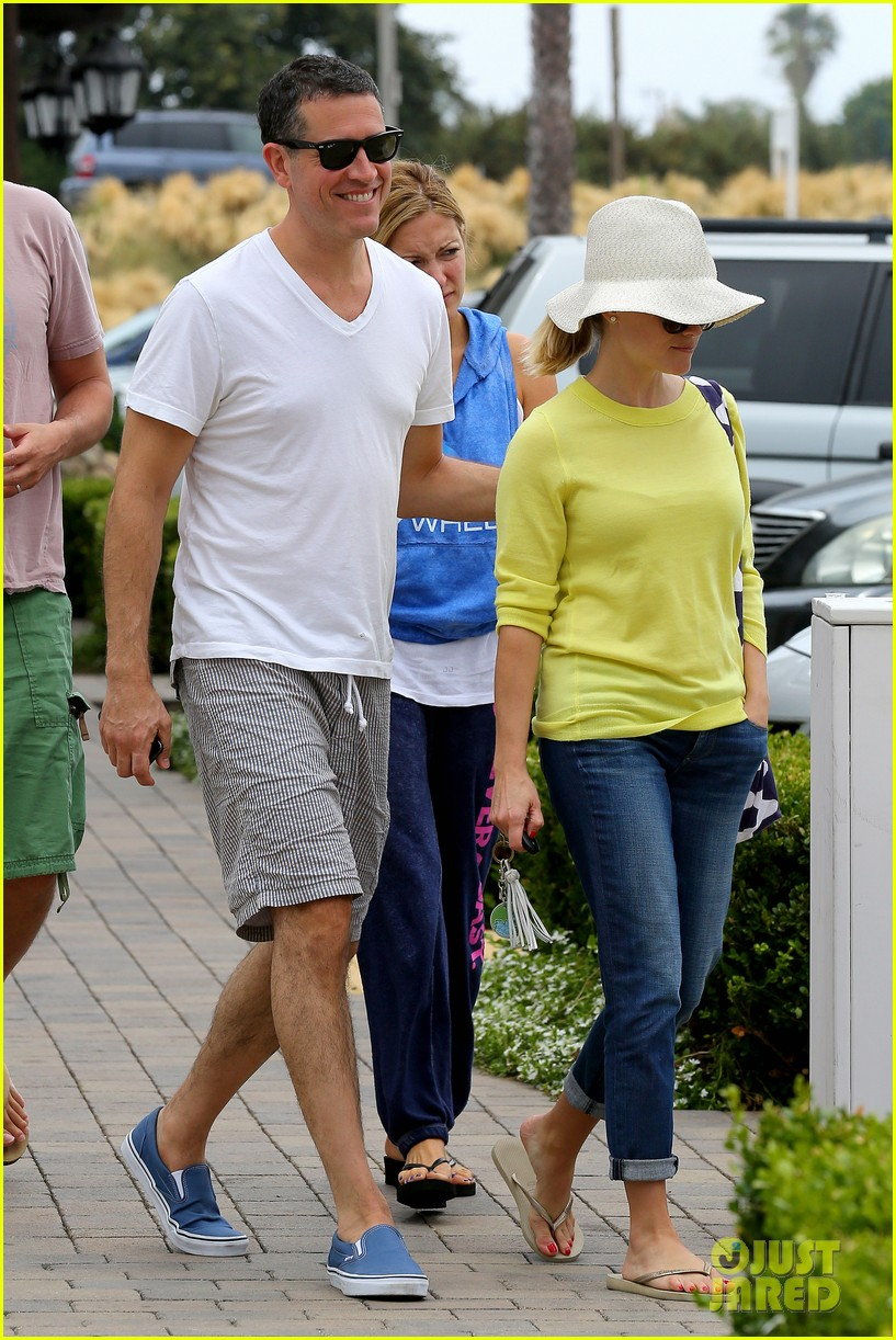 reese witherspoon jim toth breakfast after july fourth 202904619