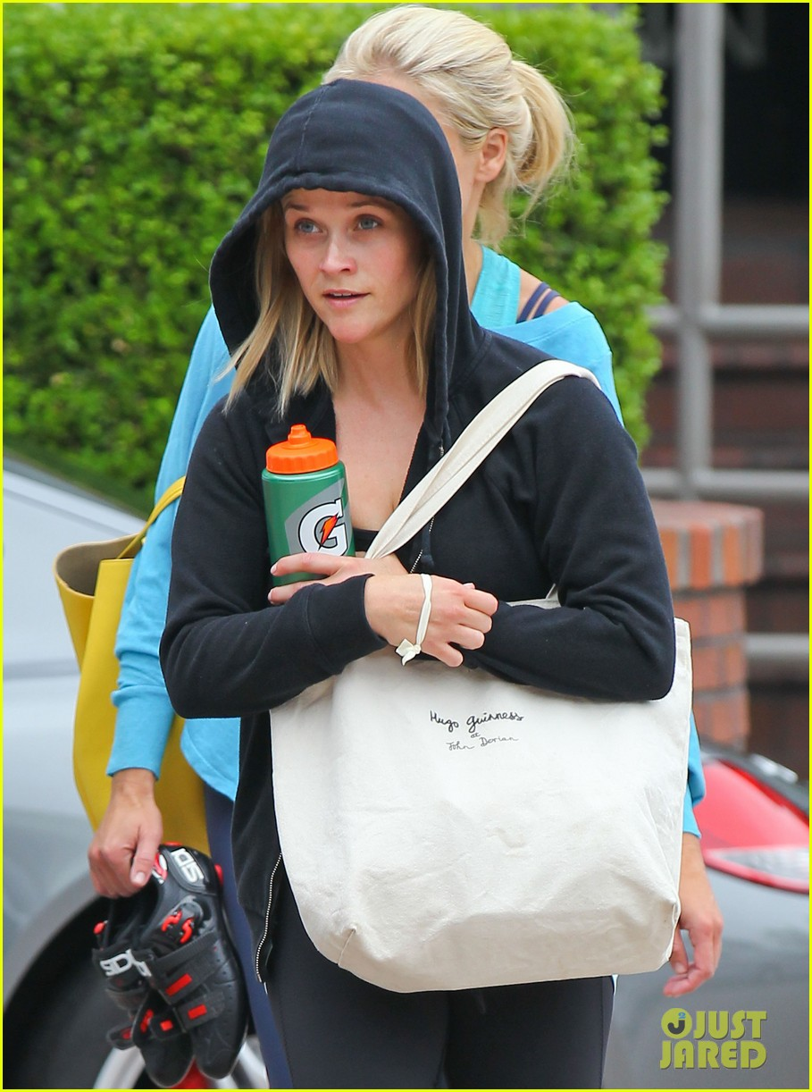 reese witherspoon manager part ways after 19 years 022921064