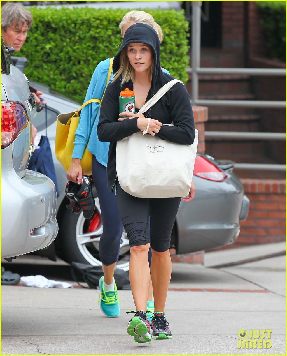reese witherspoon manager part ways after 19 years 072921069