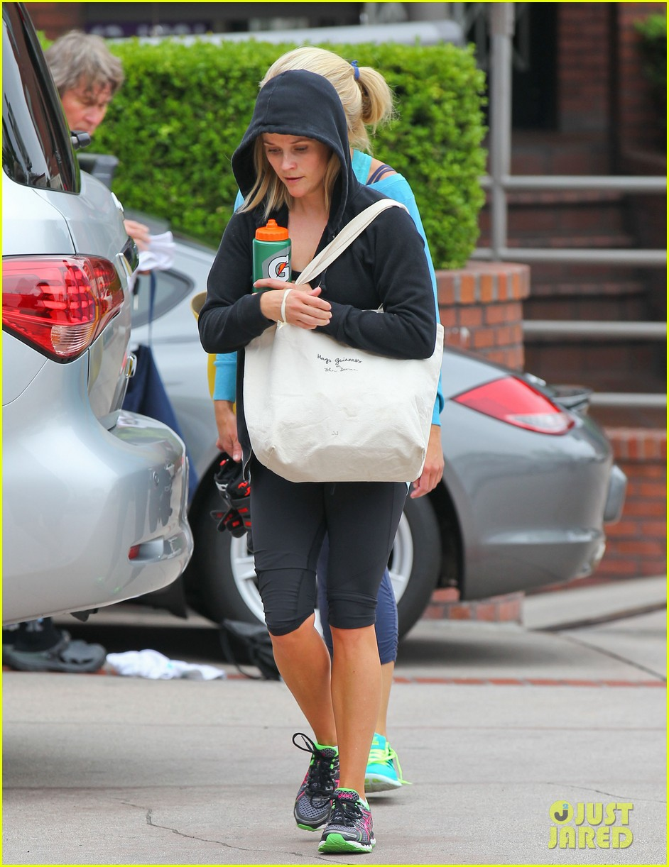 reese witherspoon manager part ways after 19 years 092921071