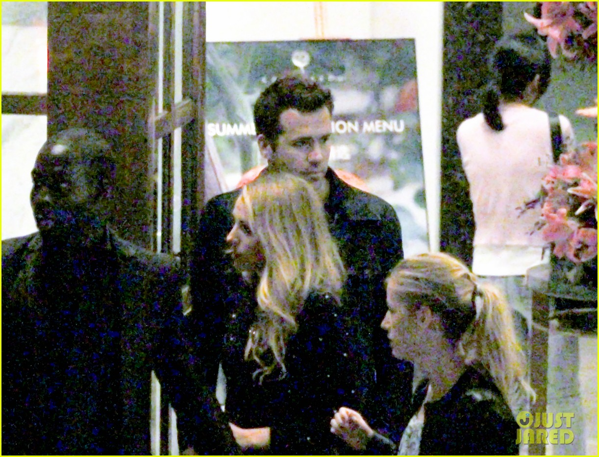blake lively ryan reynolds dine out in shanghai 042902525