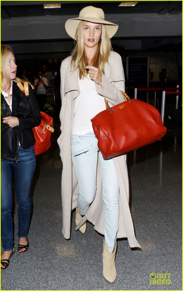 rosie huntington whiteley lax departure after jason statham lunch date 092905375