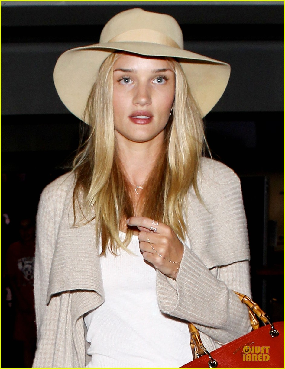 rosie huntington whiteley lax departure after jason statham lunch date 11