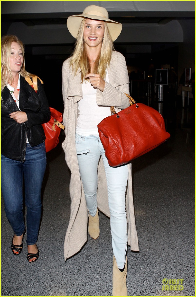 rosie huntington whiteley lax departure after jason statham lunch date 162905382