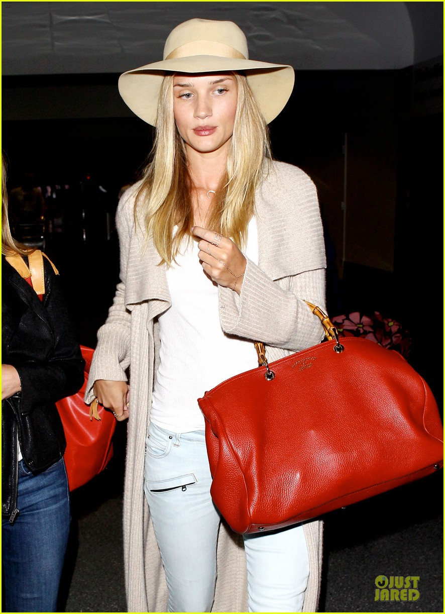 rosie huntington whiteley lax departure after jason statham lunch date 19
