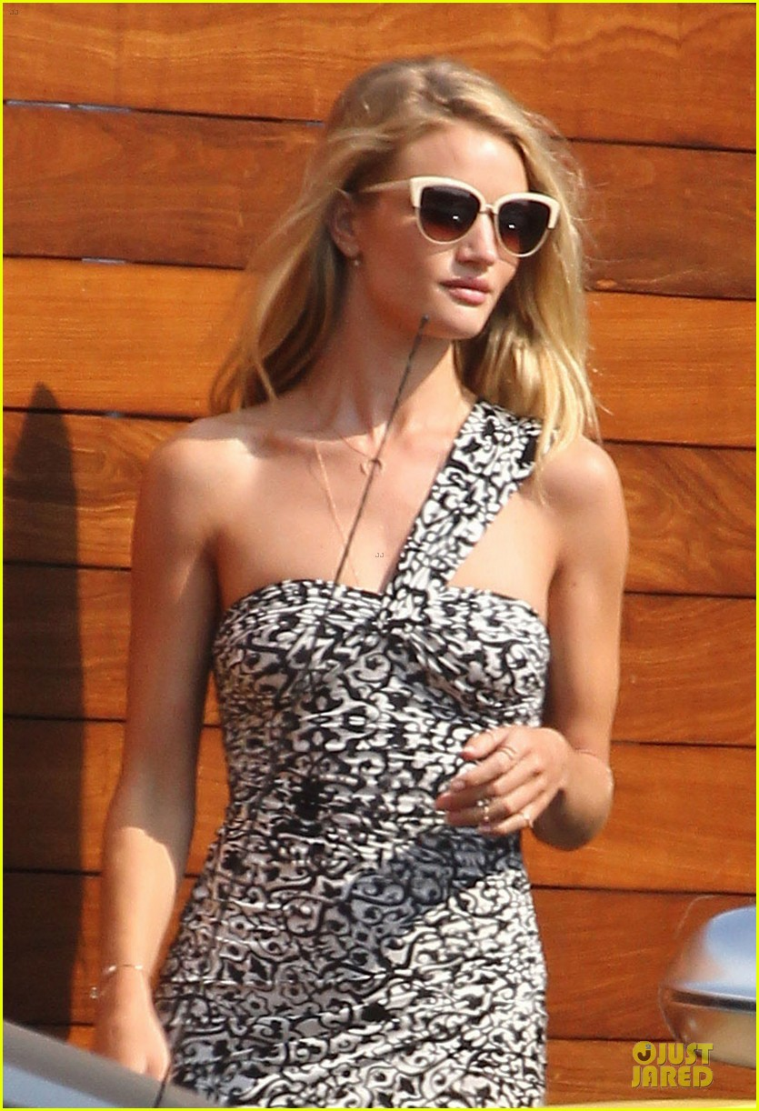 rosie huntington whiteley jason statham nobu lunch couple 15