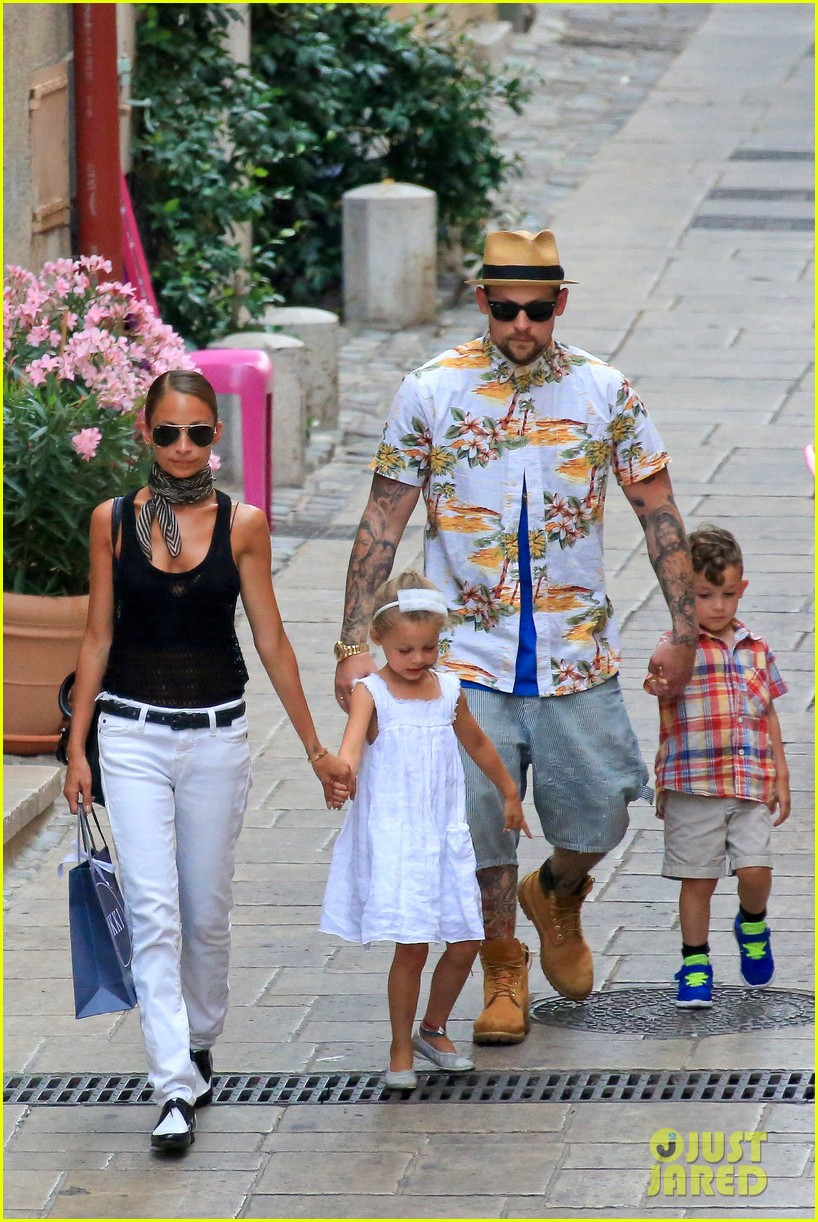 nicole richie bikini vacation with the family 032915127