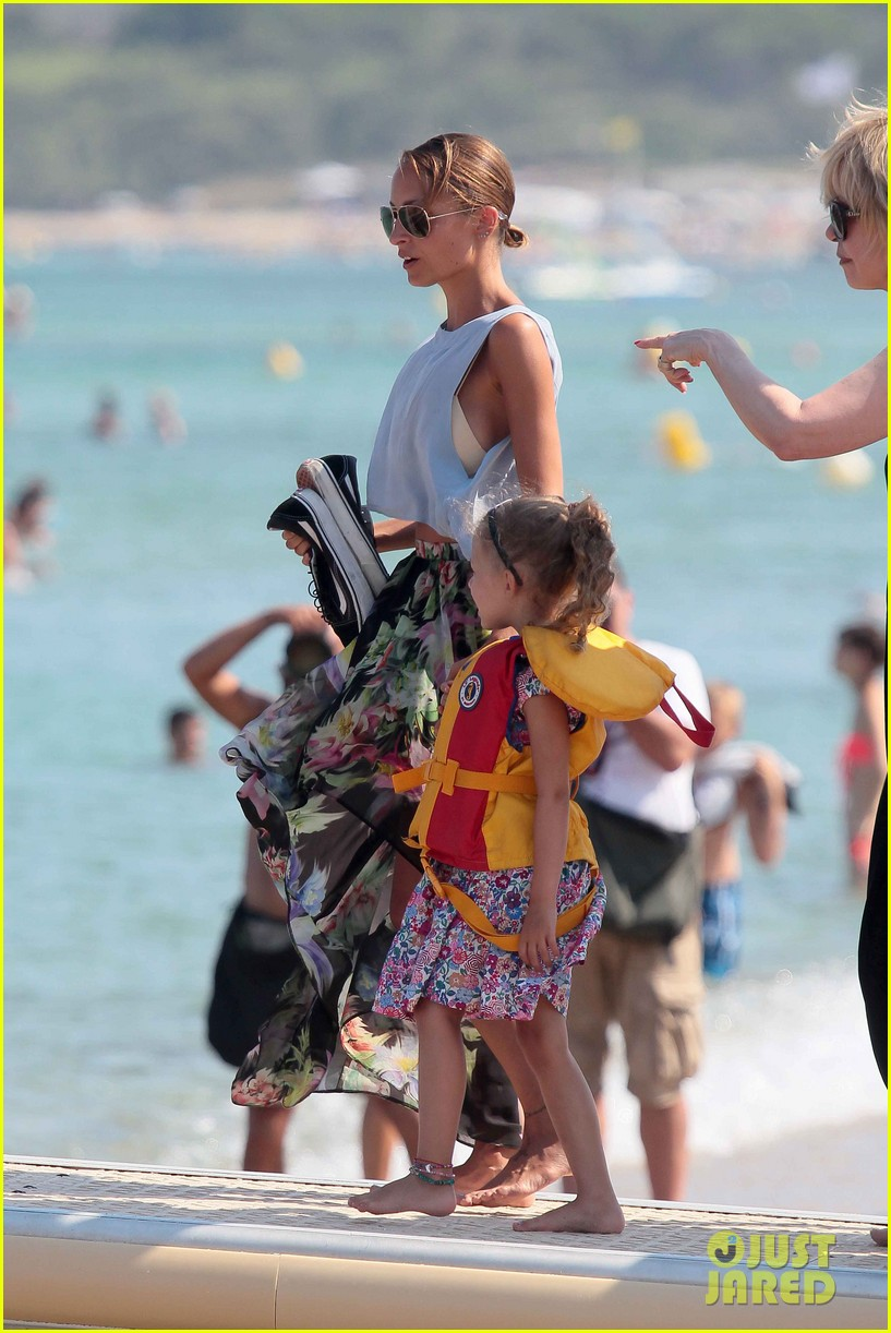 nicole richie bikini vacation with the family 362915161