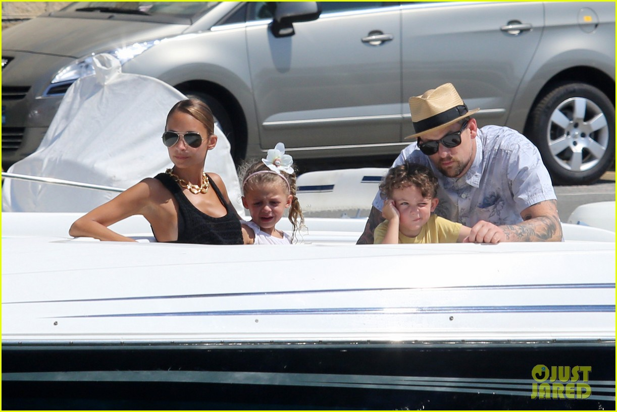 nicole richie continues saint tropez family vacation 082915901