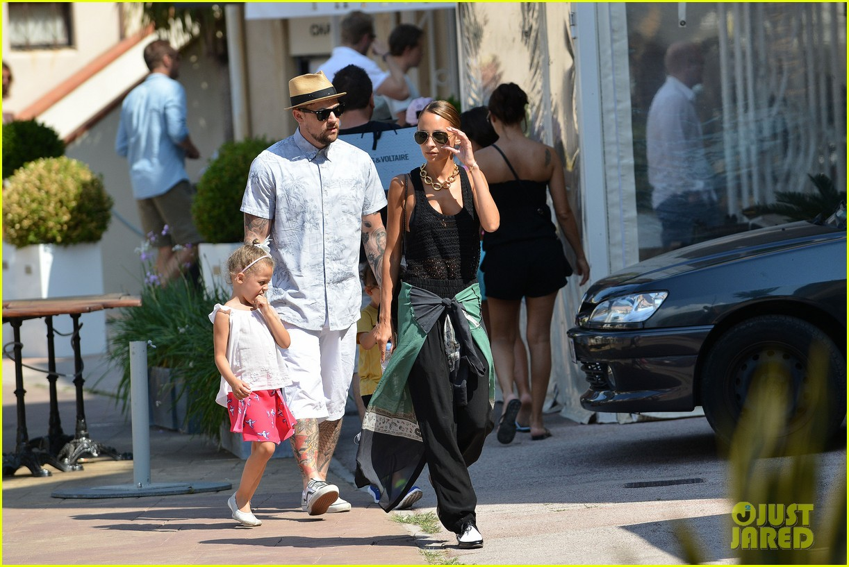 nicole richie continues saint tropez family vacation 092915902
