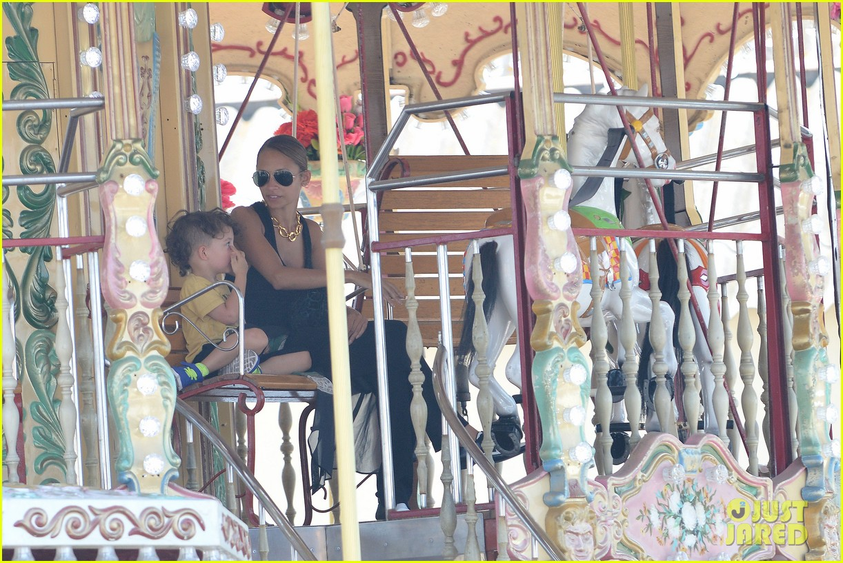 nicole richie continues saint tropez family vacation 172915910