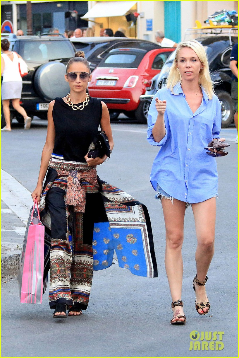 nicole richie wears bikini shops in saint tropez 07