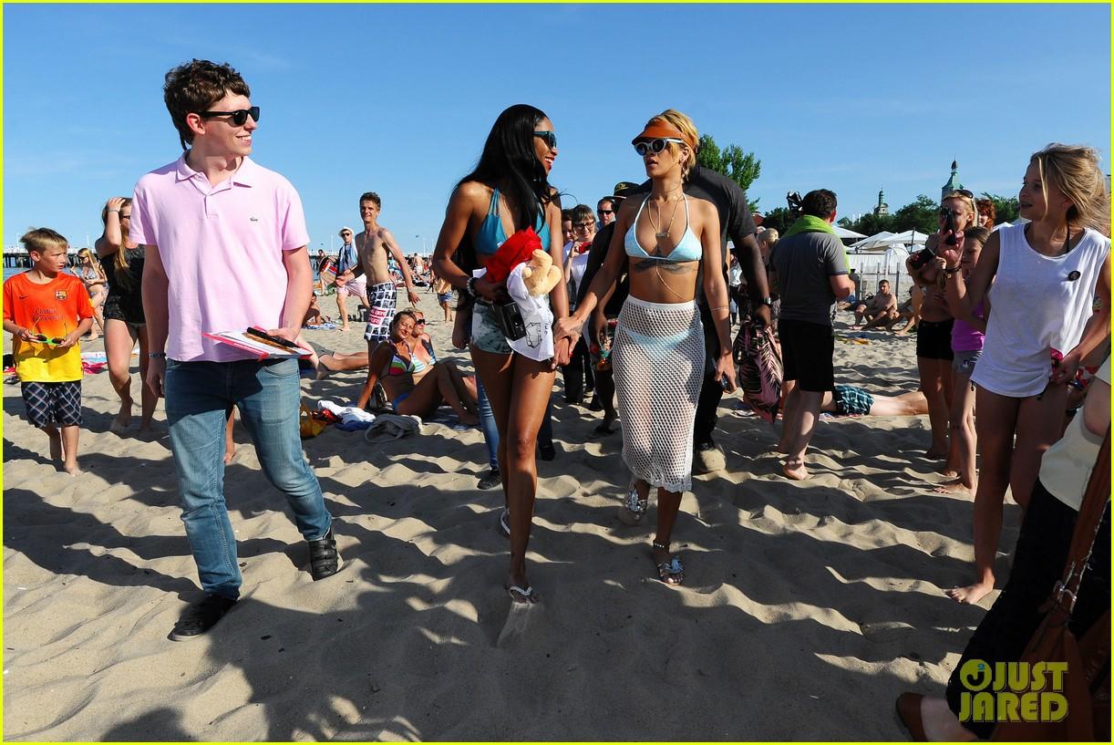 rihanna bikini babe in poland more 122905490