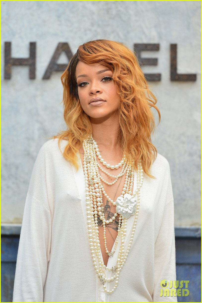 rihanna chanel haute couture fashion show 13