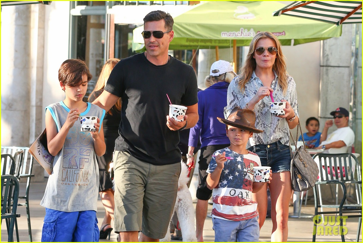 leann rimes eddie cibrian get the menchies munchies 022908751