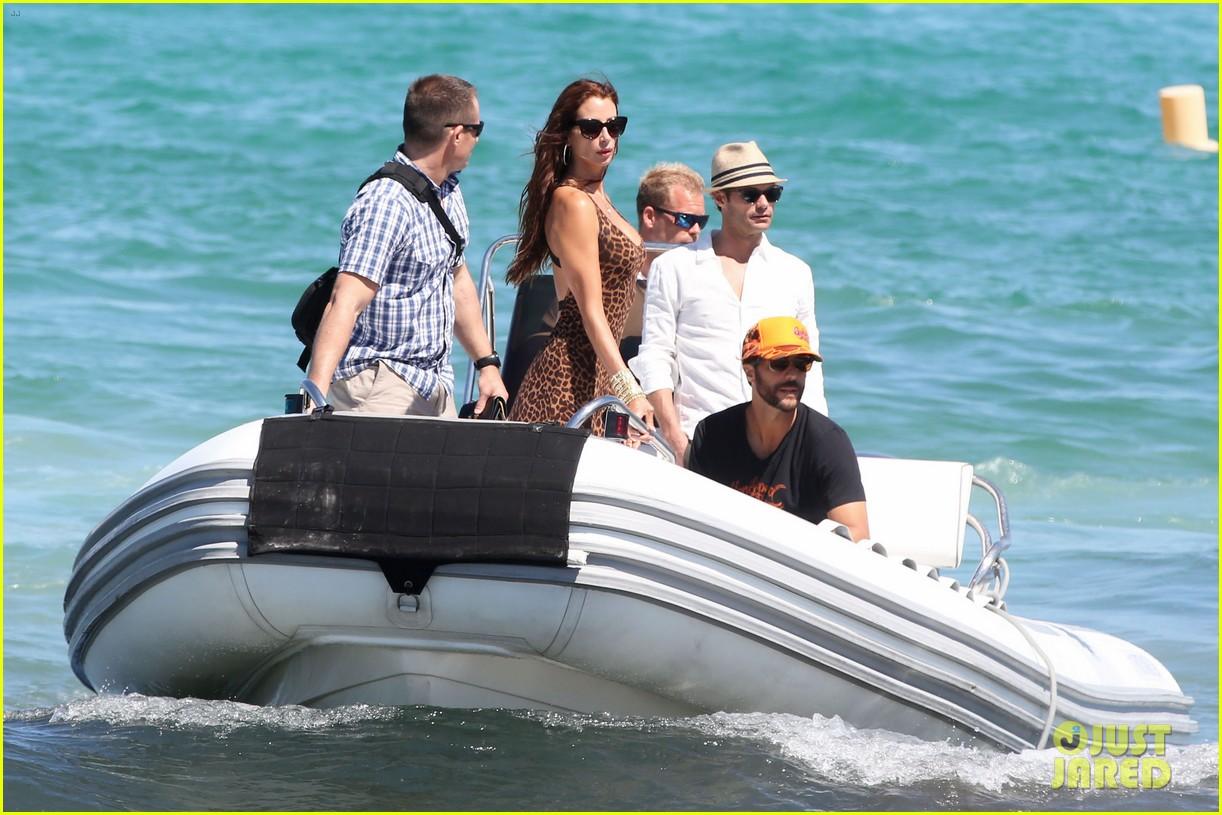 ryan seacrest dominique piek st tropez boat ride 03