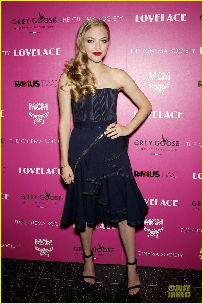 amanda seyfried peter sarsgaard lovelace nyc screening 012920442